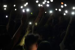 Trapani, Cornino - 07/27/2017: Θερινά φεστιβάλ και υπαίθριες συναυλίες στοκ φωτογραφία με δικαίωμα ελεύθερης χρήσης