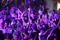 Trapani, Cornino - 07/27/2017: Θερινά φεστιβάλ και υπαίθριες συναυλίες στοκ εικόνες