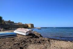 Alte Bastion und Strand Lizenzfreie Stockfotos