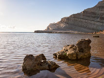 Trappa av turkerna - ursnygg sikt på en ökenstrand i Sicilien, Arkivfoton