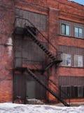 Trappa för brandflykt Arkivfoto