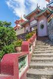 Trappa på den Kek Lok Si templet på Pulau Penang arkivfoto