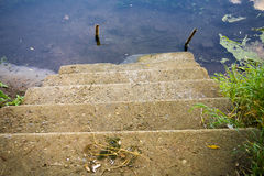 trappa som ska waters Arkivfoto