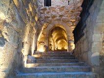 trappa till en gammal katakomb fotografering för bildbyråer