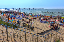 Trappa till strand-Miedzyzdroje-Polen Arkivbilder