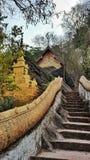 Trappa till templet, montering Phoussi, Luangprabang, Laos Arkivbilder