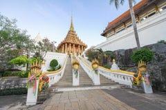 Trappa Wat Phra Phutthabat, Saraburi Thailand arkivfoton