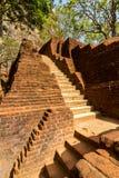 Trappan och fördärvar av den Sigiriya lion'sens fästning för rock Royaltyfria Foton