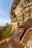 Trappan och fördärvar av den Sigiriya lion'sens fästning för rock Royaltyfria Bilder