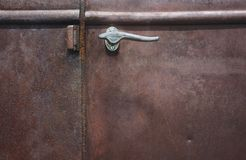 Trappe antique rouillée de camion Photographie stock libre de droits