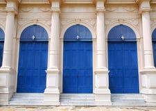 Trappe bleue classique Photos libres de droits