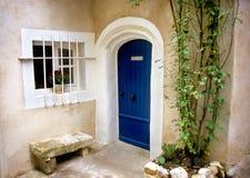 Trappe bleue - Provence photos libres de droits