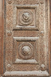 Trappe en bois décorée Images stock