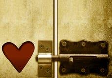Trappe et coeur verrouillables, jour de valentines Photo libre de droits