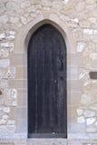 Trappe médiévale d'église noire. Photographie stock libre de droits
