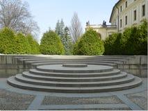 Trappuppgång från droppen borggården till trädgården kallade› för tÄ för Na-baÅ¡, den Prague slotten, Tjeckien Royaltyfri Bild