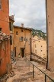 Trappuppgång i backe i centret av Grasse Royaltyfri Fotografi