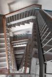 Trappuppgång i en byggnad Fotografering för Bildbyråer