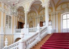 Trappuppgång i slott fotografering för bildbyråer