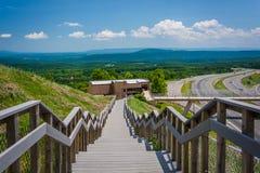 Trappuppgång på Sideling kullen längs I-68 i Maryland Arkivfoto
