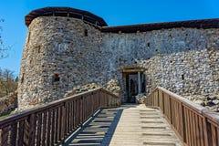 Trappuppgång till den medeltida slotten Arkivfoton