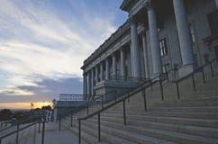 Trappuppgången framtill av den utah statcapitolen royaltyfri foto