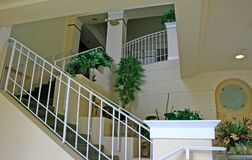 trappuppgångwhite royaltyfri fotografi