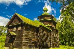 Träarkitektur, kyrkan av Elijah profeten Arkivbild