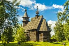 Träarkitektur, kyrklig barmhärtig frälsare Arkivfoton