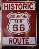 Trasa 66 podpisuje wewnątrz Oklahoma obrazy royalty free