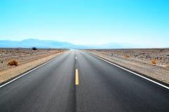 Trasa w Śmiertelnym Dolinnym Kalifornia Obrazy Stock