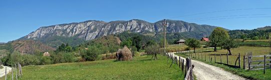 Trascau-Panorama von Salciua lizenzfreies stockbild