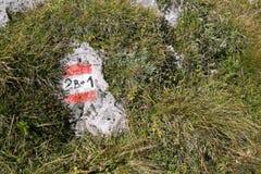 Trascini l'indicatore per le viandanti un giorno soleggiato Fotografia Stock Libera da Diritti