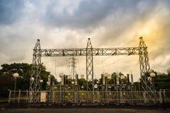 Trasformatori ad alta tensione ed attrezzature elettriche dei convertitori nella h Immagini Stock
