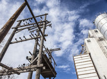 Trasformatori e silo di granulo elettrici Fotografie Stock Libere da Diritti