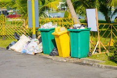 Trash and midden. Is Overflowing Royalty Free Stock Photos