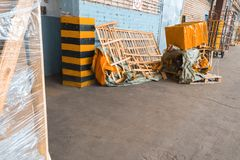 Trash stock, boxes, wooden boards, containers royalty free stock photos
