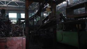 Trasportatore in vecchia fabbrica stock footage
