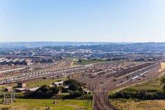Trasporto dei rimorchi del carico di dozzine di Railyard Immagine Stock Libera da Diritti