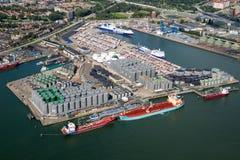 Trasporto del contenitore dell'olio di Rotterdam del porto Fotografie Stock