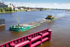 Trasporto dell'acqua, Fotografia Stock Libera da Diritti