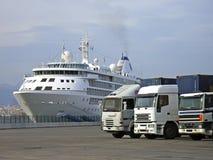 Trasporto della strada e del mare Fotografie Stock