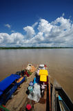 Trasporto delle merci sul amazon Immagini Stock Libere da Diritti