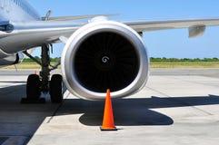 Trasporto di aria: Particolare del motore a propulsione fotografia stock