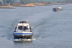 Trasporto di carico al fiume Fotografia Stock