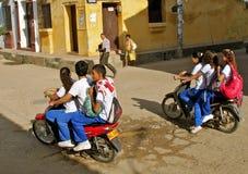 Trasporto di massa dello studente sui motocicli Fotografia Stock Libera da Diritti