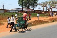 Trasporto e ciclare in Africa, fotografie stock