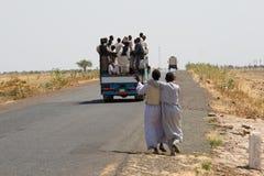 TRASPORTO SULLA STRADA SUDANESE Fotografia Stock