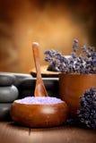 Tratamento da beleza - termas da alfazema Fotos de Stock Royalty Free