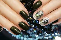 Tratamento de mãos bonito do Atr do prego Projetos do prego com decoração Manicu Foto de Stock Royalty Free